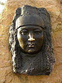 呼和浩特人物雕塑《三娘子》