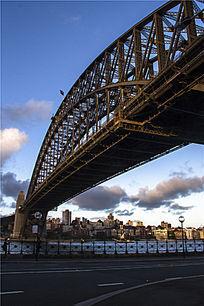 跨越海港的悉尼铁桥