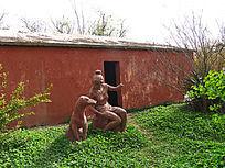 大河村遗址古居先民雕塑