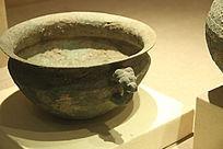 汉代蟠龙纹铜盆
