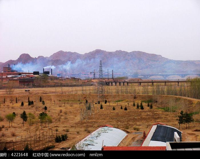 原创摄影图 自然风景 山峰山脉 内蒙古赤峰红山工业污染  请您分享