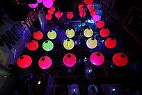 酒吧大厅吊灯图片