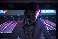 酒吧音乐DJ帅哥