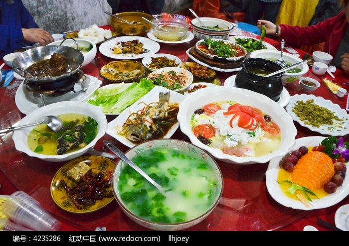 源俊二分店的晚餐高清图片下载_红动网