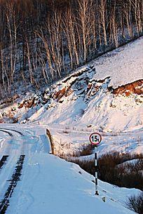 阿尔山冬季山野