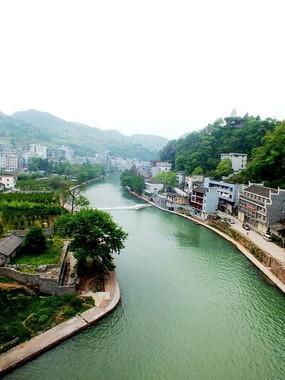 俯拍湖南湘西凤凰古城图片
