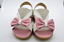 漂亮的女童凉鞋