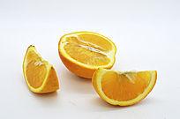 半个橙子和两瓣橙子