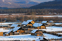 边境村庄太平川村雪景