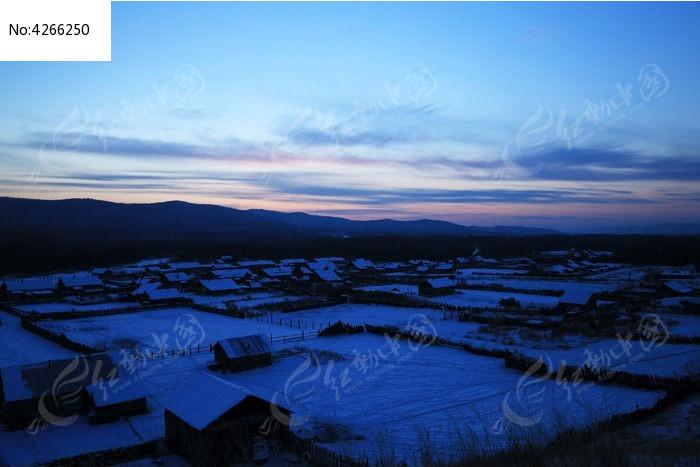 额尔古纳边境雪村图片,高清大图_乡村小镇素材