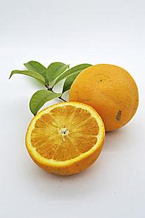 一个和半个橙子特写