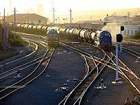 满洲里换装场原油列车