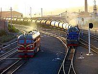 满洲里运输石油的油罐列车