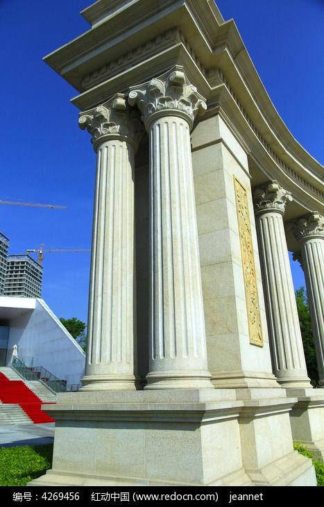 罗马柱大门图片