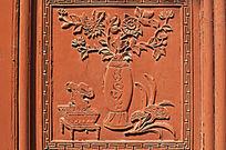 菊花瓶插木雕