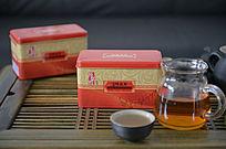 金属盒子包装的茶饮