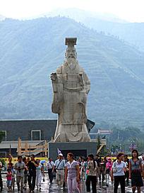 陕西西安秦始皇雕像