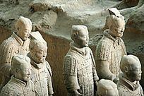 西安神采各异的兵马俑