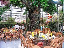 赤峰市生态美食广场