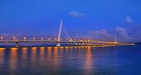 深圳湾大桥夜景摄影图
