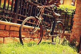复古的彩虹牌单车