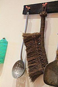 古代勺子和刷子