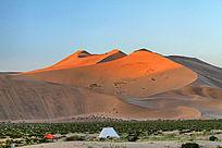 巴丹吉林沙漠暮色