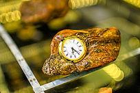 琥珀蜜蜡工艺钟