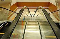 自动扶梯的透视