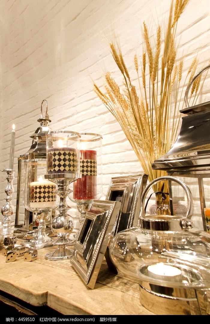 咖啡室内装饰品手绘图