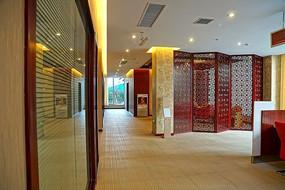 开放的银行服务大厅