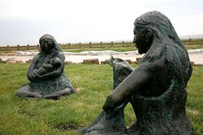 哈克先民生活雕塑