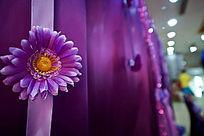 婚礼现场紫色幕布签名祝福墙