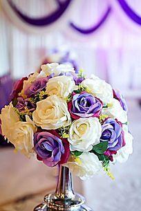 浪漫温馨的婚礼现场道具装饰花球