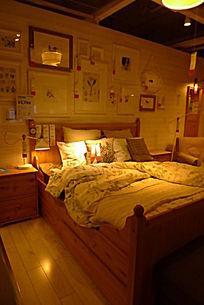 小木屋式卧室