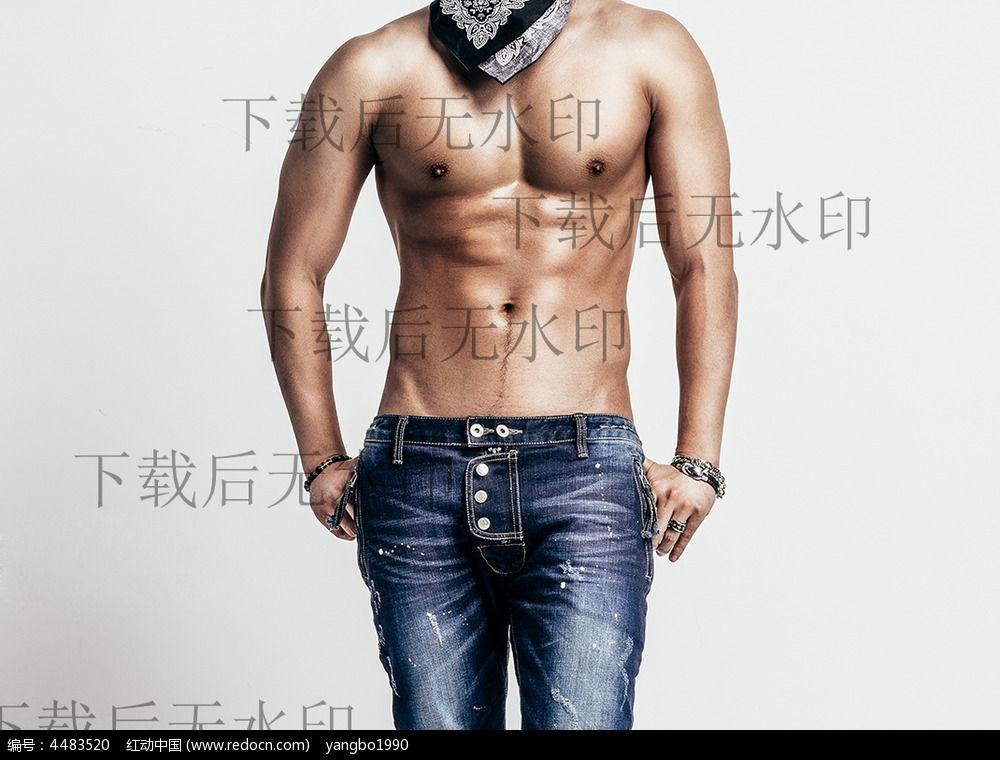 亚洲肌肉男生活照
