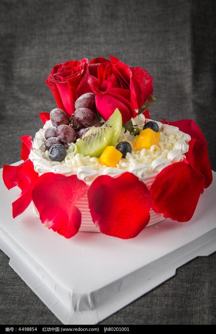 红艳艳的蛋糕图片,高清大图_小吃点心素材