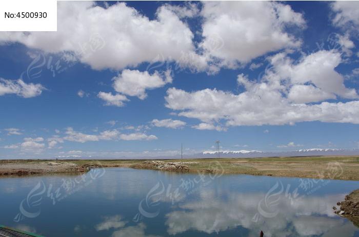 蓝天白云在湖里的倒影图片,高清大图_天空云彩素材