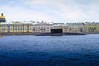 俄罗斯港口海湾上停泊的军舰