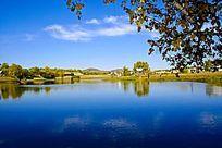 风景如画的塞罕坝公主湖畔风光