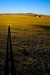 塞罕坝大草原摄影师长长的影子
