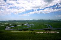 草原之河牧场风光