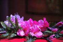 展台上一束花