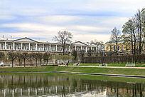 皇村普希金城叶卡捷琳娜宫的景观池风光