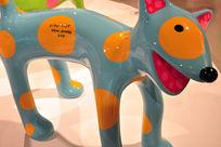 草间弥生我的一个梦装置展之波点小狗蓝橘色