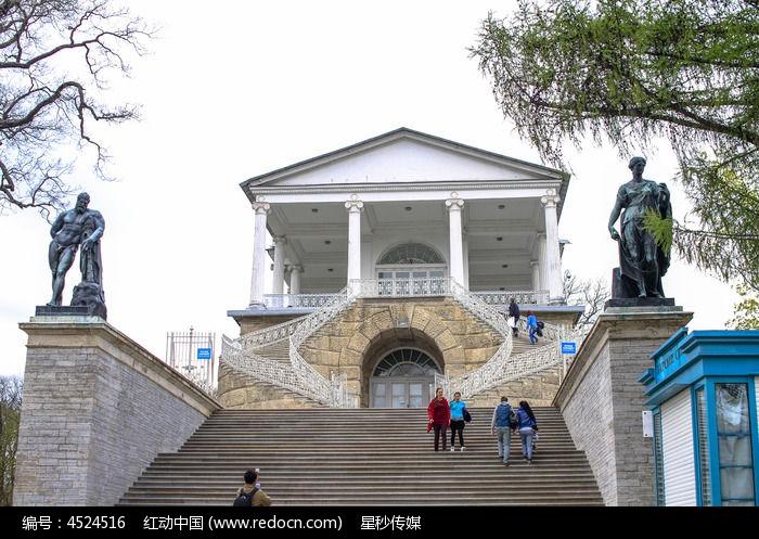 圣彼得堡旅游胜地彼得宫