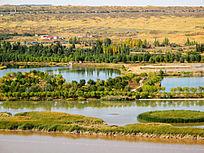沙坡头景区湖泊