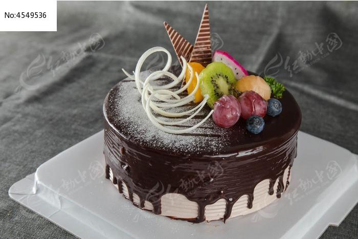 维也纳黑森林蛋糕图片