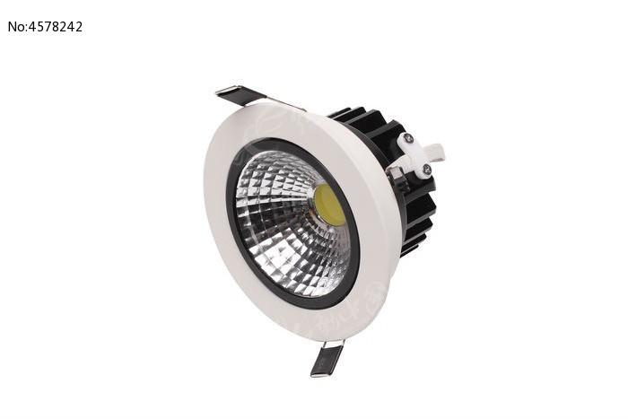 LED嵌入式天花灯摄影图图片