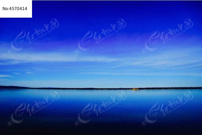 蓝天白云绿水